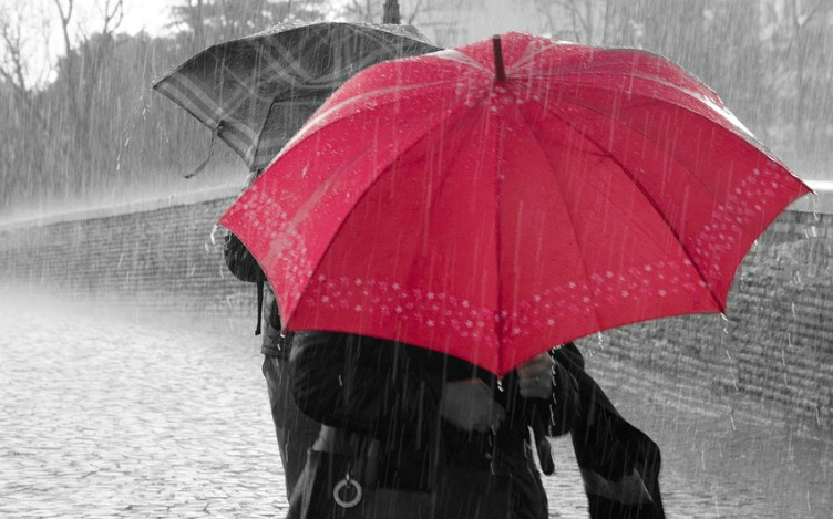 Umbreall in the rain. rain-275314_1280 Source: Pixabay